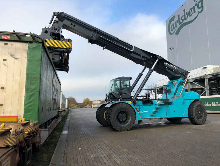 Carlsberg orders a customized Konecranes reach stacker_image